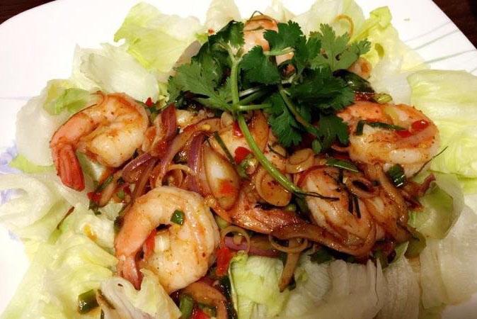 Pla Kung (Shrimp Salad)