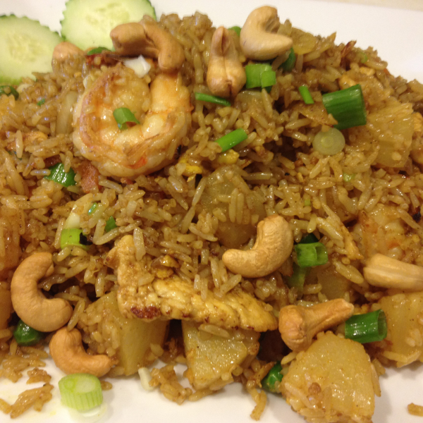 R5. Pineapple Fried Rice