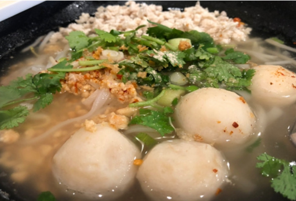NS1. Tom Yum Chicken Noodle Soup Image