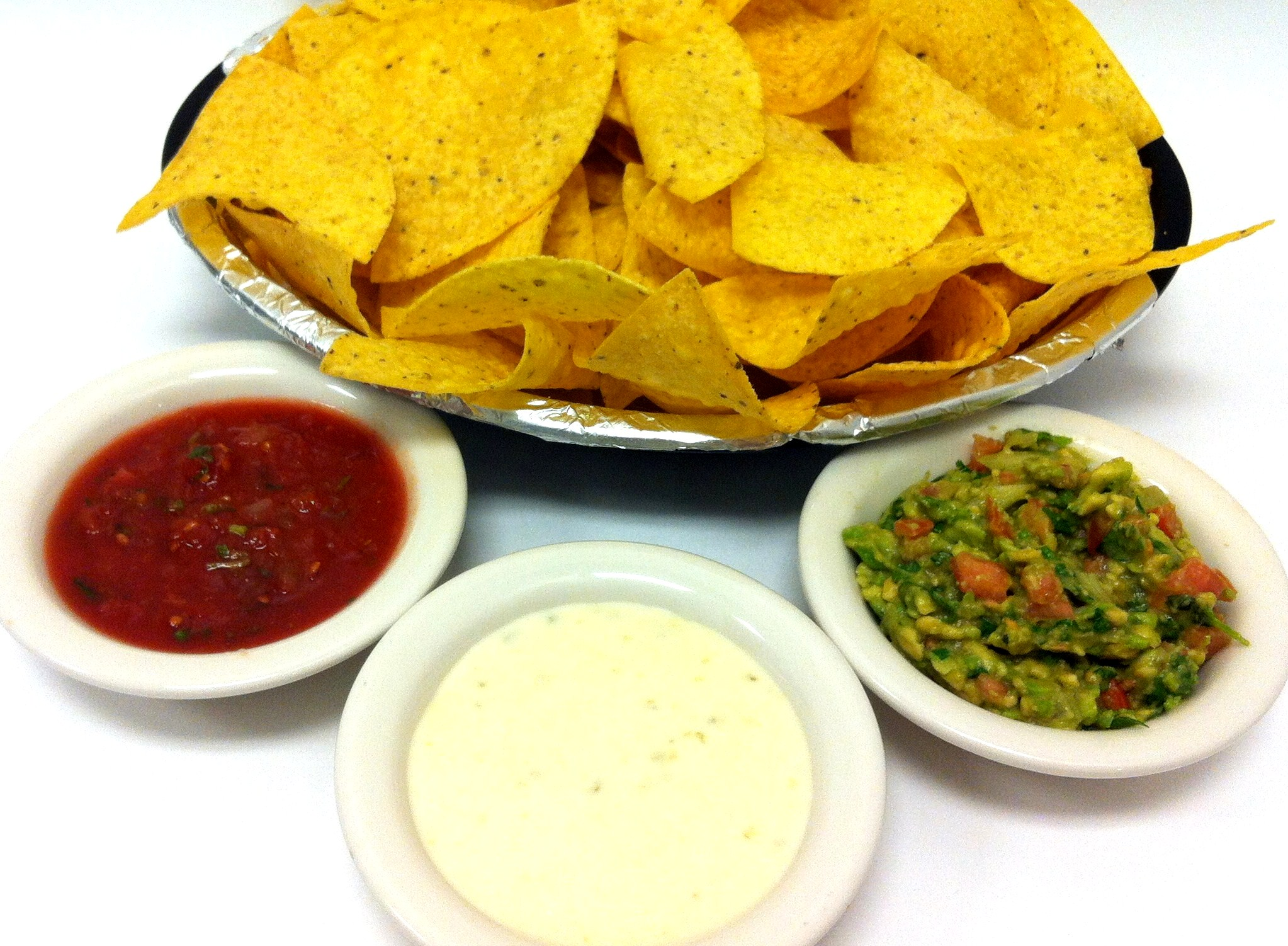 Combo Of 3 Dips: Cheese, Guacamole, Salsa and 3 Bags of Chips
