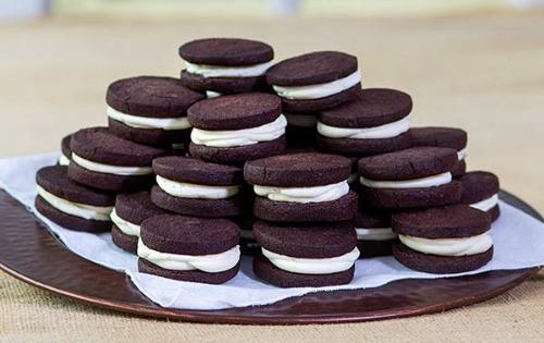 Cocoa & Creme Cookie Image