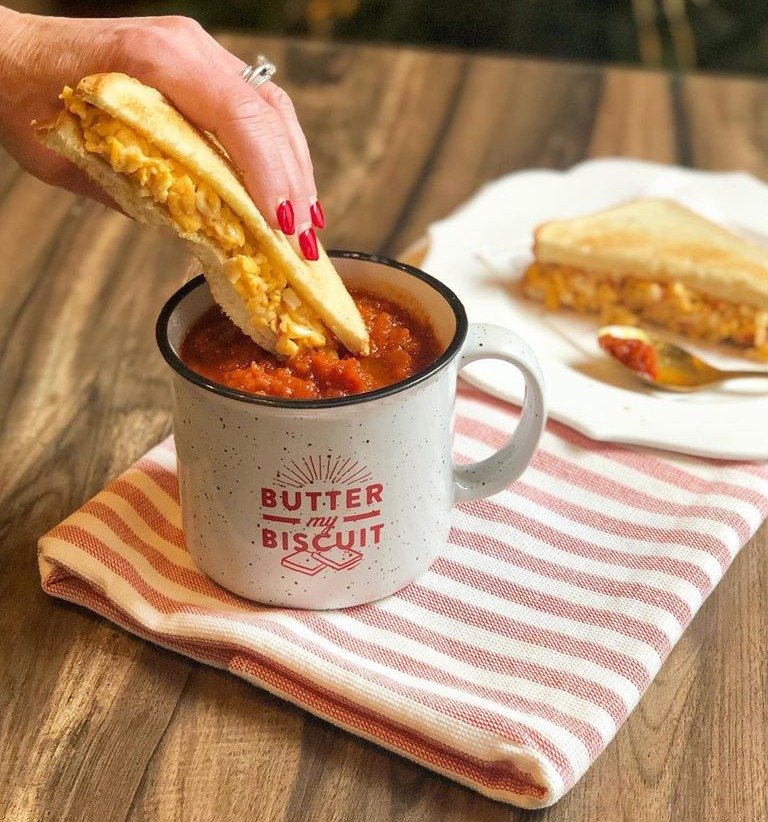 Everyday: Spicy Tomato Soup w/ Grilled Pimento Cheese Sandwich Image