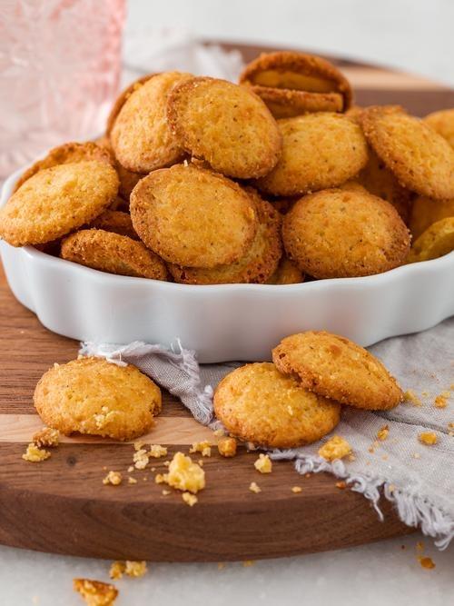 Cheese Crisps Image