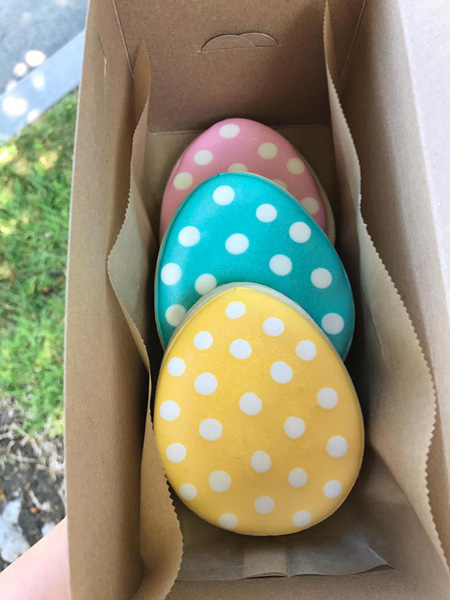 Easter Sugar Cookie: Multi-Color Eggs w/ White Dots [4/18 - 4/20 ONLY]