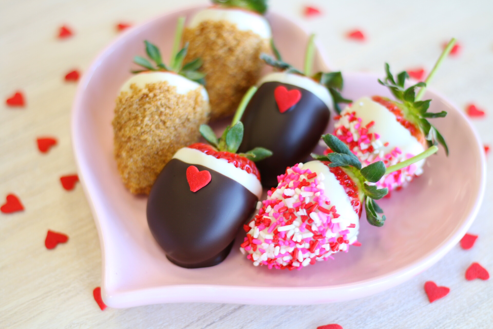 Chocolate Covered Strawberry [2/12-2/14 ONLY]