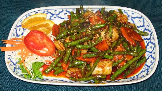 Spicy Squid with Green Beans