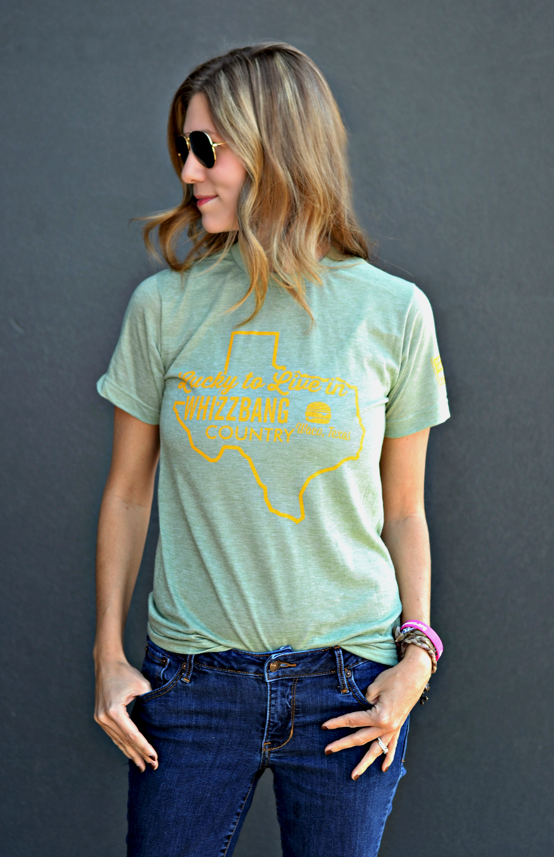 Heather Green w/ Gold Texas Whizzbang T-Shirt Image