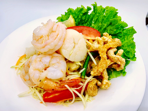 S14. Seafood Papaya Salad (Som Tum Talay)