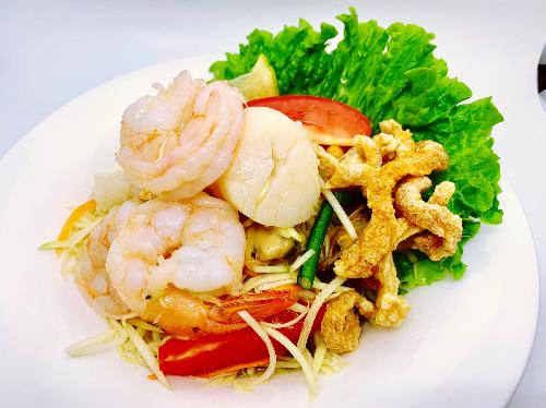 S14. Seafood Papaya Salad (Som Tum Talay) Image