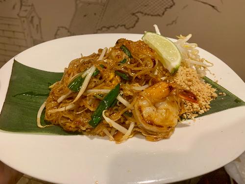 N1. Pad Thai Noodle