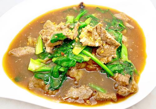 N7. Thai Rad Nah Noodle Image