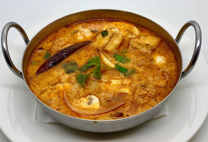 S1. [Small] Tom Yum Soup (Tom Yum Nham Kon)