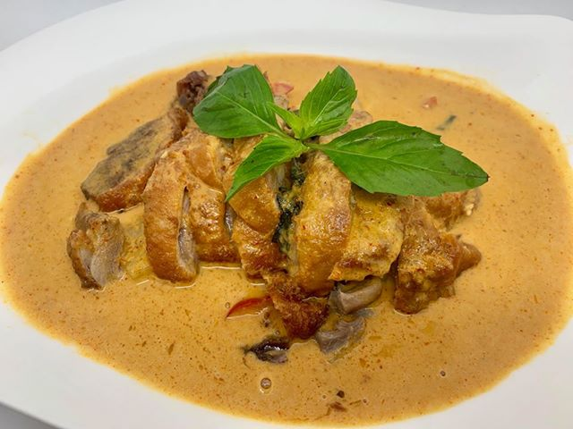 C6. Duck Tropical Curry Image