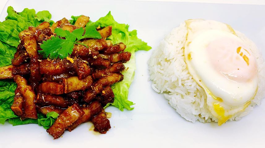 T3. Pork Belly Garlic Over Rice (Pad Kra Tiam) Image