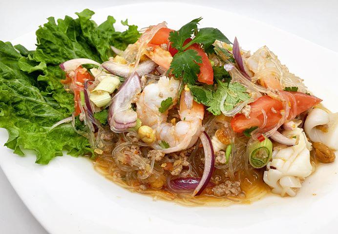 S17. Glass Noodle Salad (Yum Woon Sen) Image
