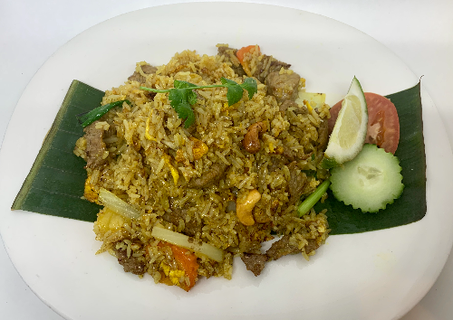 F4. Pineapple Fried Rice