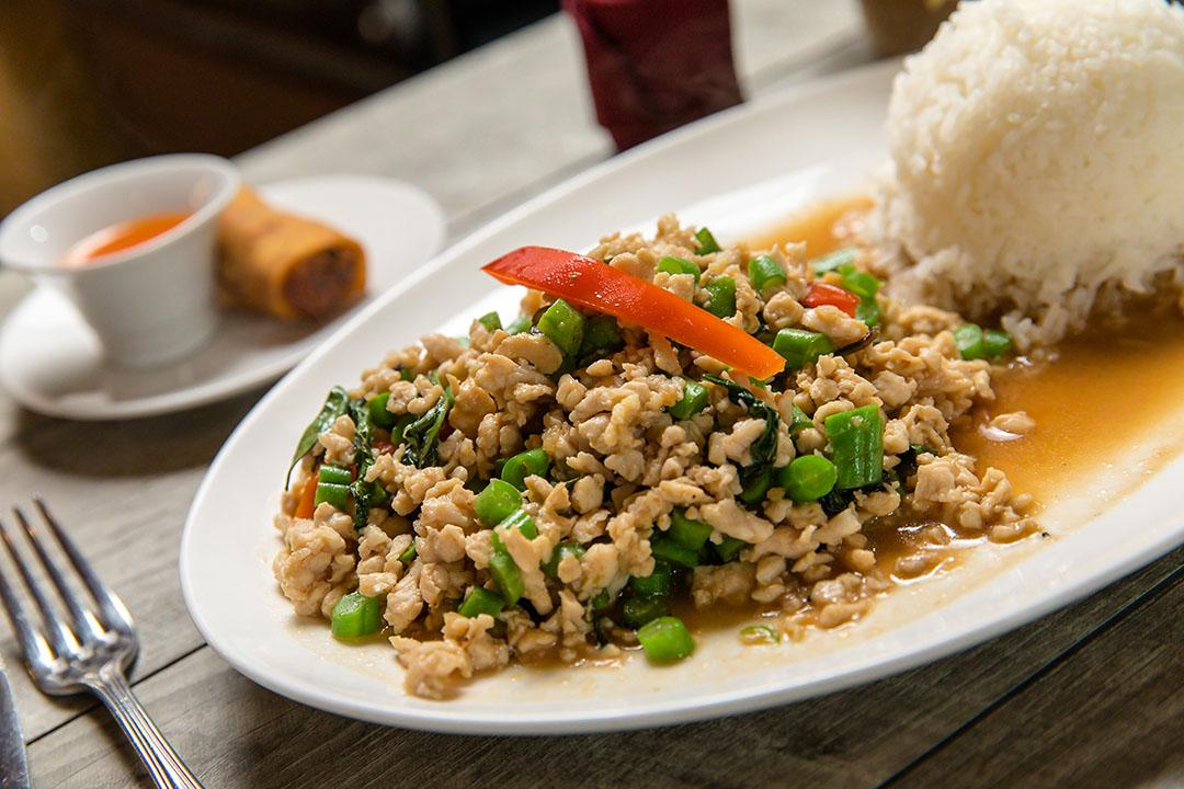 Gra Prao Gai Sub (Lunch) Image