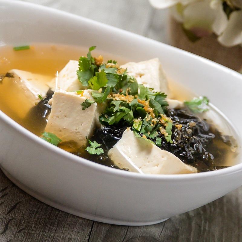 Seaweed & Tofu Soup Image