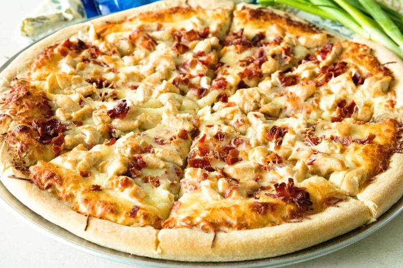 Chicken Bacon Ranch - Round Pizza Image