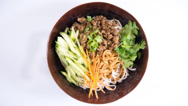 N 7. Noodle w. Minced Pork & Cucumber Image
