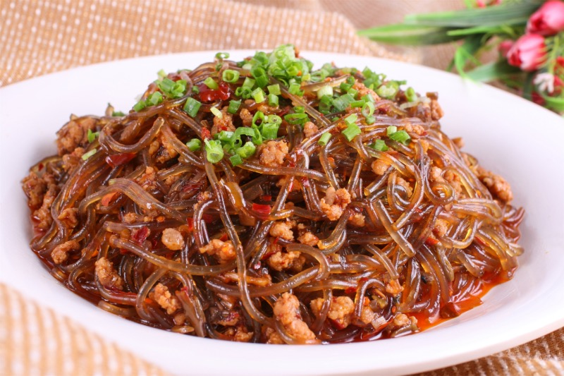 M26. Sauteed Vermiceli w. Spicy Minced Pork Image