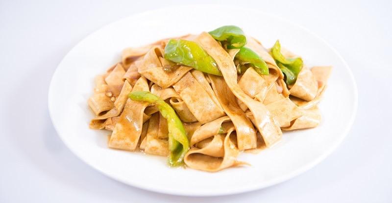 V 6. Dried Tofu w. Fresh Hot Pepper