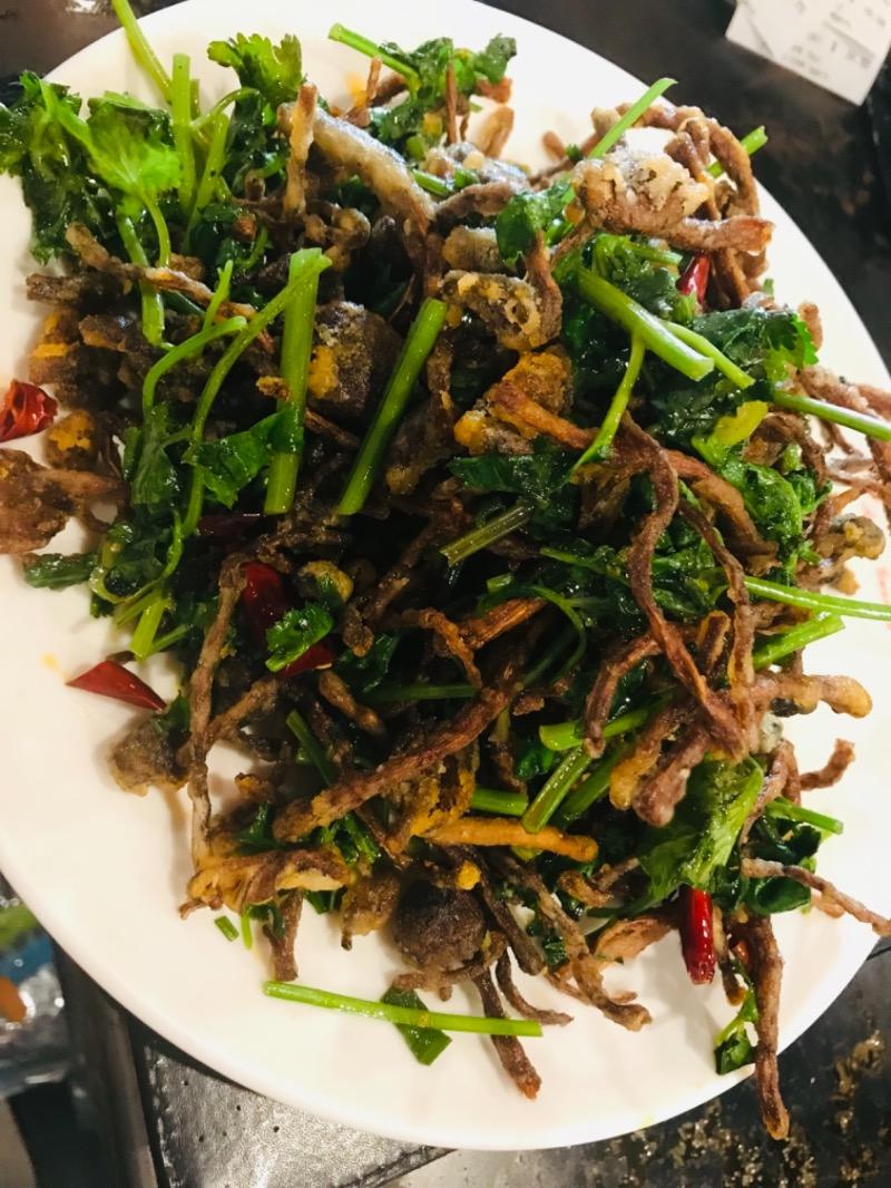 V16. Dry Stir-Fried Tea Tree Mushroom