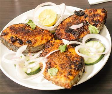 3 Piece FIsh Dinner Image