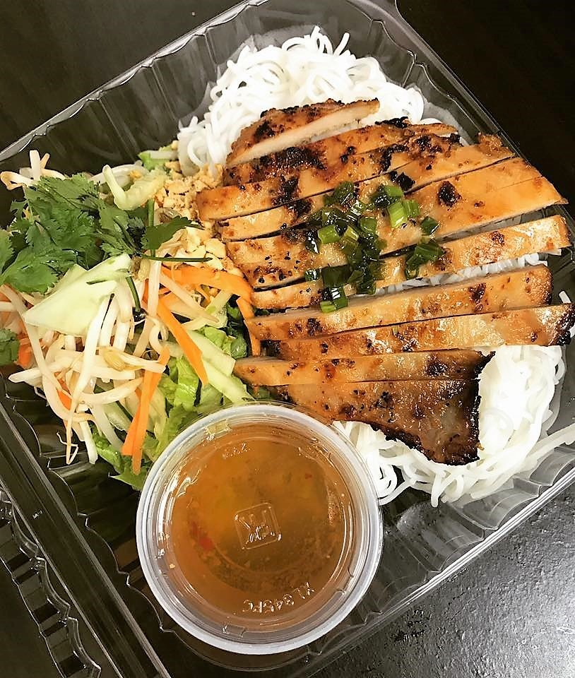 Grill Chicken Vermicelli Image