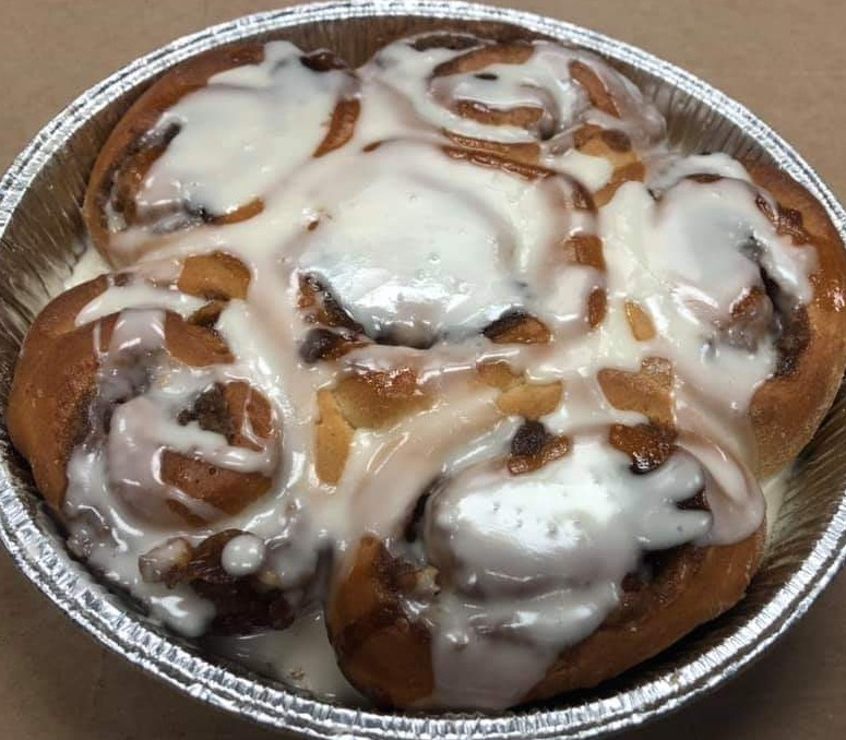 Cinnamon Roll Pan Image