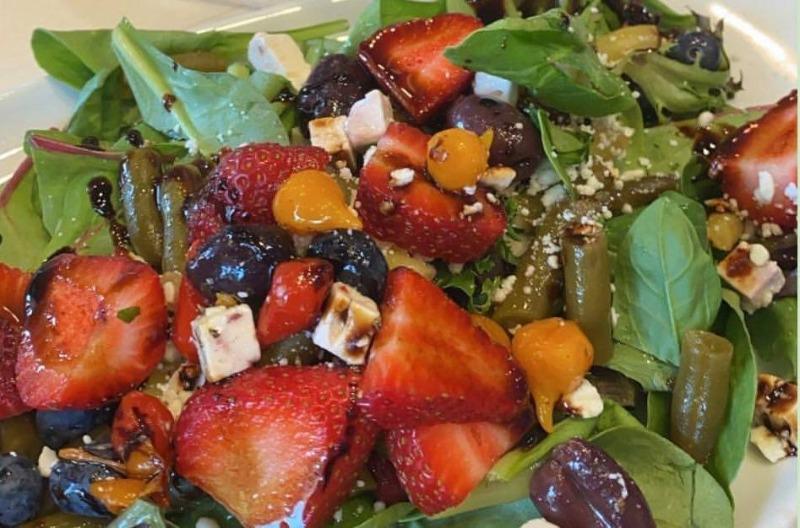 Signature Side Salad