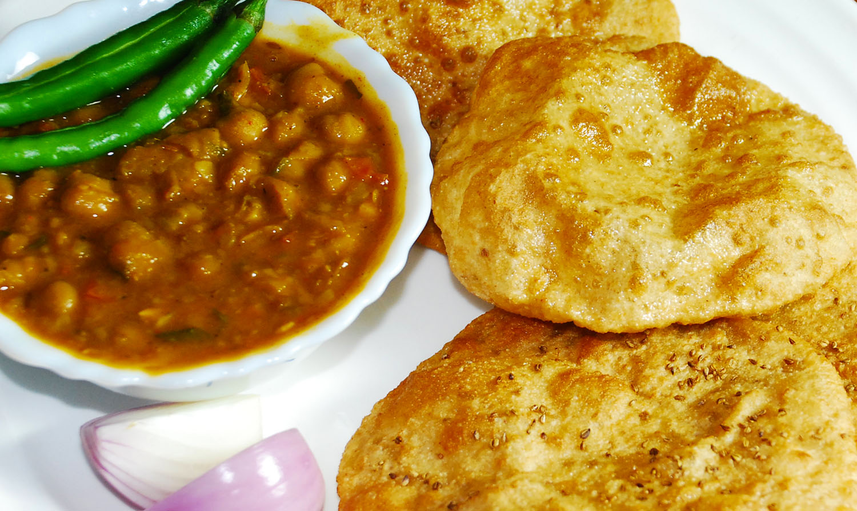 Chole Poori Image