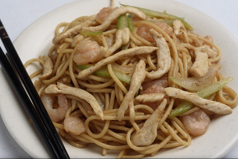 84. House Special Lo Mein