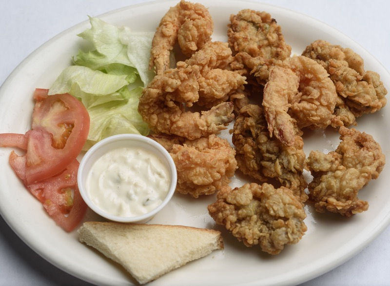 22. Oyster & Shrimp Platter Image