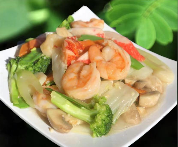 S 4. Seafood Delight Image