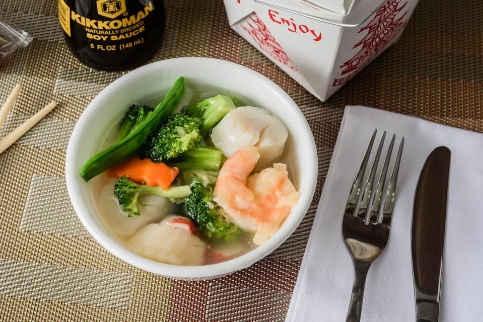 O9. Seafood Soup (For 2)