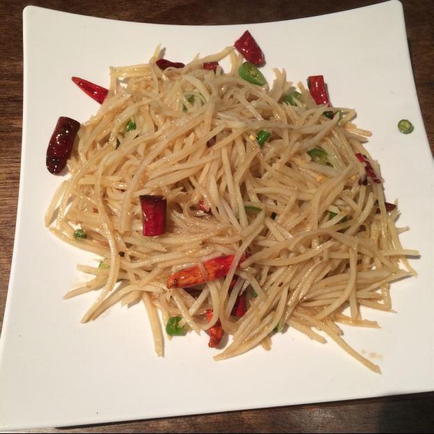 H16. Spicy Shredded Potato (酸辣土豆丝) Image