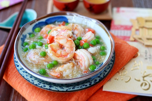 86. Shrimp w. Lobster Sauce Image