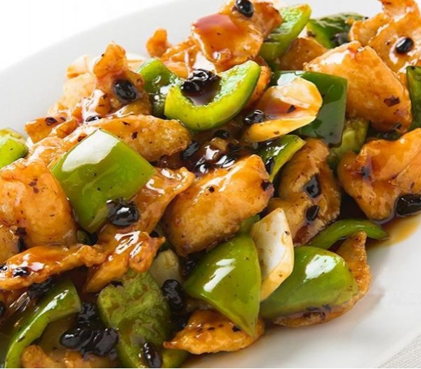 49. Chicken w. Black Bean Sauce Image