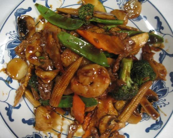 S2. Fresh Scallops & Shrimp Szechuan Style Image