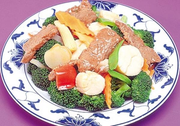 S3. Fresh Scallops & Beef w. Hunan Style Image