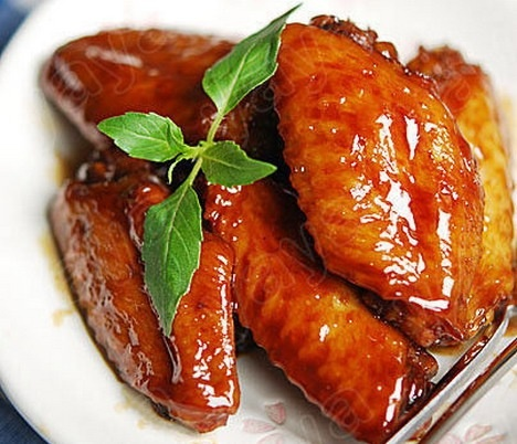 C36. BUFFALO CHICKEN WINGS (6)