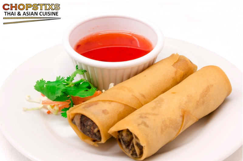 Chicken and vegetable spring rolls ( 3 pcs)