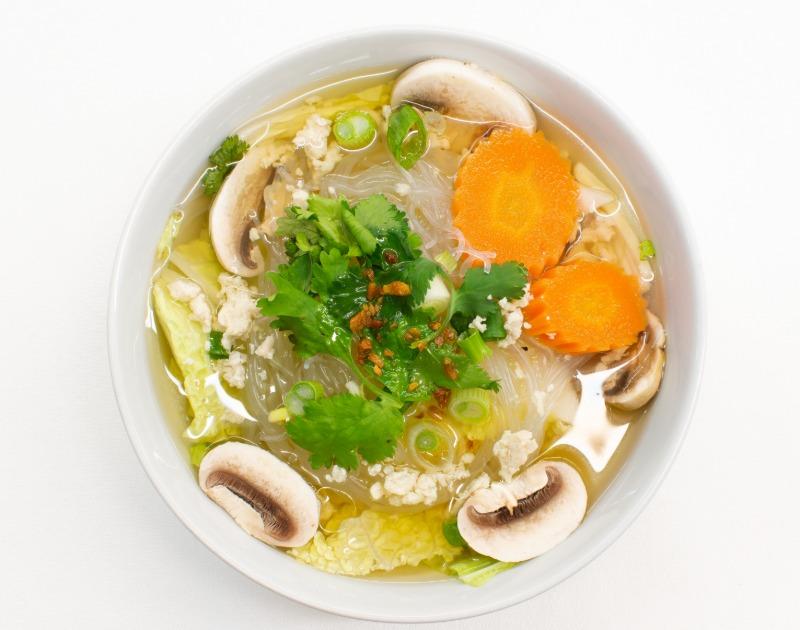 Kang Woon Sen (Glass noodle soup)