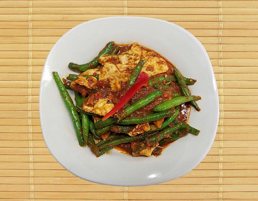 Pud Prig Khing (Green Bean)