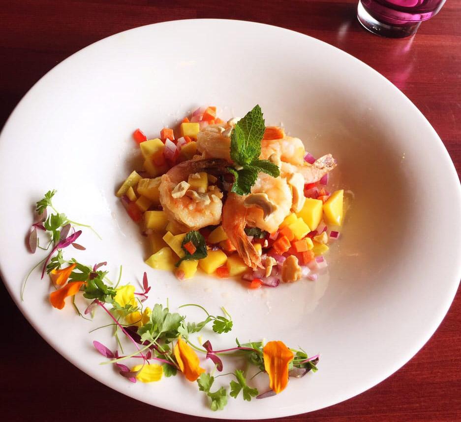Sweet Mango Prawn Salad Image