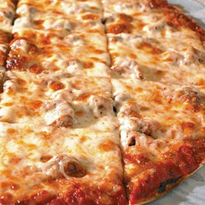 """14"""" THIN Chicago Style Pizza Image"""