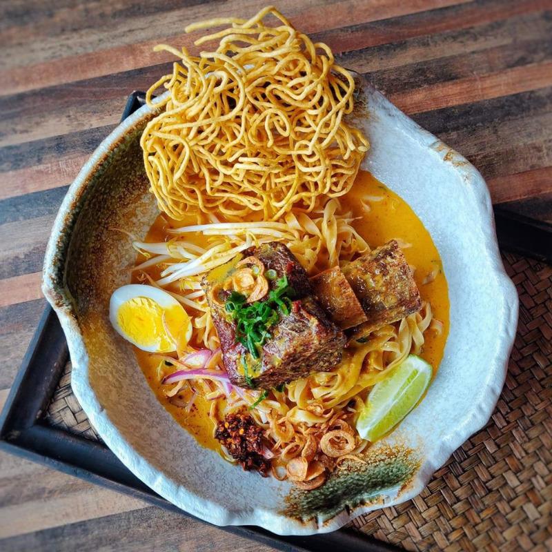 Mea Sai Khao Soi (Noodles Curry)