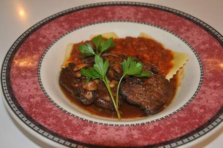 Pepper-Crusted Prime Filet Mignon Medallions Image