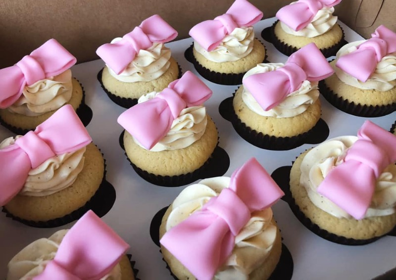 Handmade Bow Fondant Toppers Image